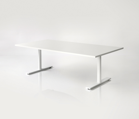 DO6300 Elevation table by Designoffice | Individual desks