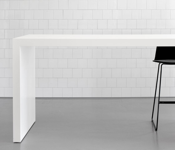 DO1600 Bar table von Designoffice | Bartische