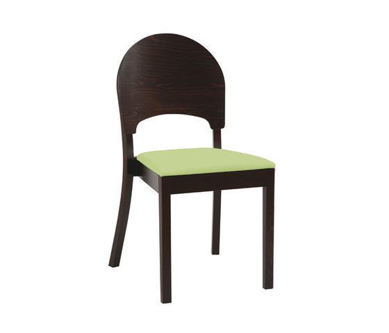 Cantú chair by TON | Restaurant chairs