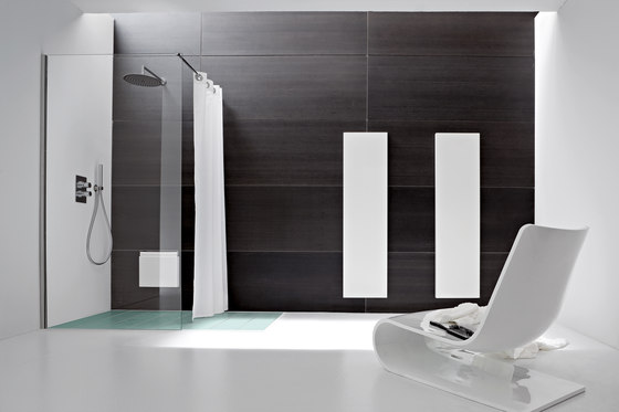 Giano Shower tray and closing by Rexa Design | Shower screens