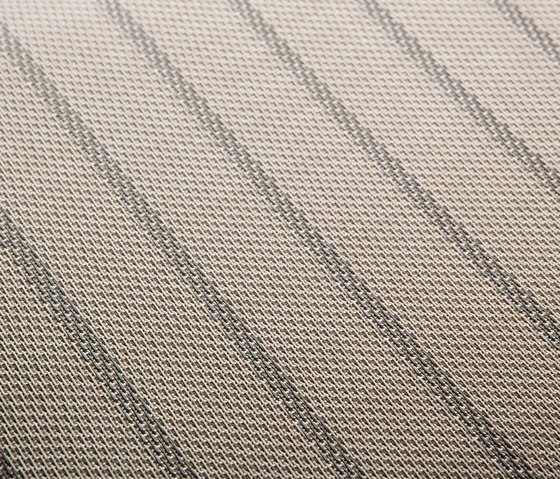 CS Lunar by 2tec2 | Carpet rolls / Wall-to-wall carpets