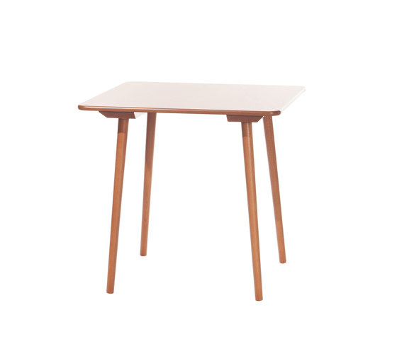 Ironica 4BG 134 table de TON | Tables de repas