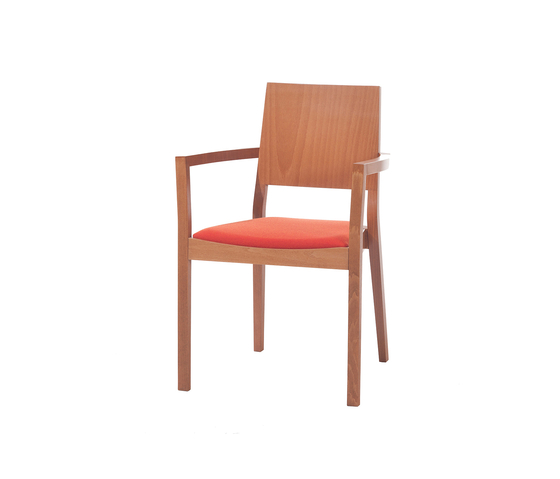 Lyon chair upholstered by TON | Restaurant chairs
