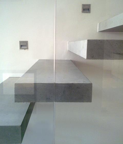 مصالح مدرن/پله بتنی