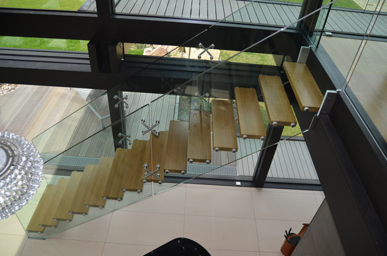 Mistral by Siller Treppen | Glass stairs