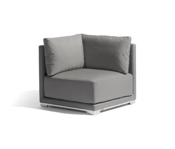 Flow corner seat by Manutti   Garden armchairs