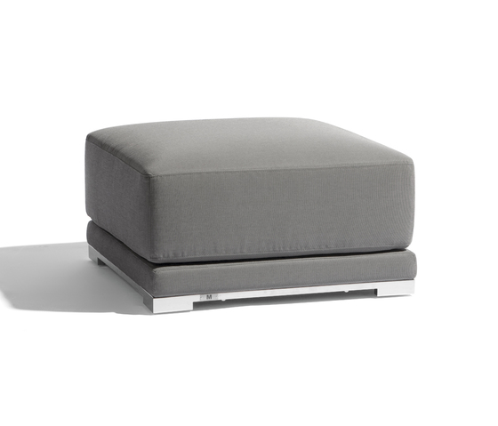 Flow medium footstool/sidetable de Manutti | Poufs