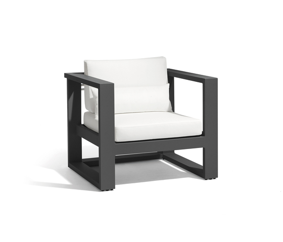 Fuse 1 seat by Manutti | Garden armchairs