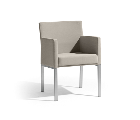 Liner chair by Manutti | Garden chairs