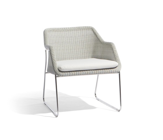 Mood 1 seat by Manutti | Garden armchairs
