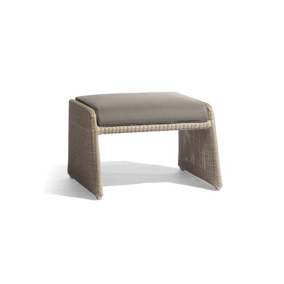 Swing medium footstool de Manutti | Taburetes de jardín