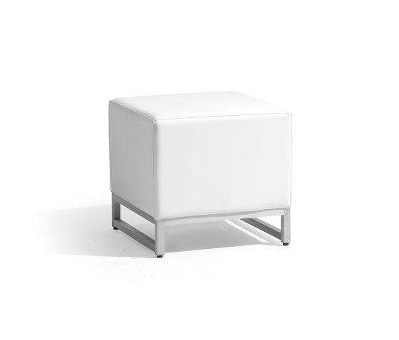 Zendo small footstool/sidetable by Manutti | Poufs