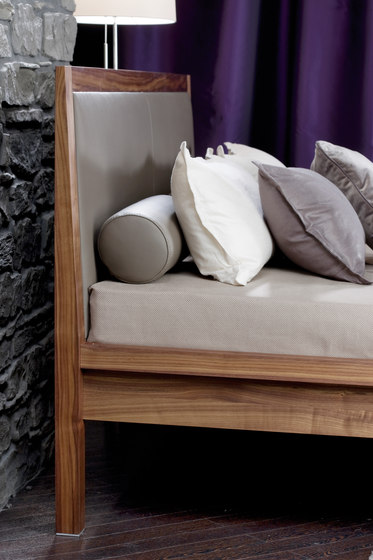 Cubetta Bed by Christine Kröncke | Double beds