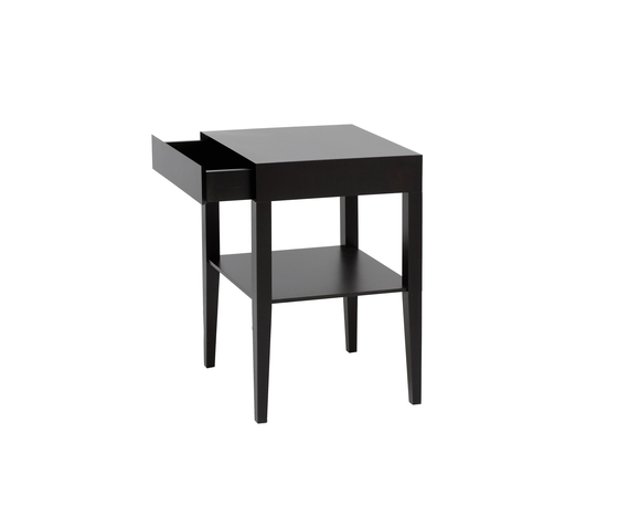 Petit Nachttisch von Christine Kröncke | Nachttische