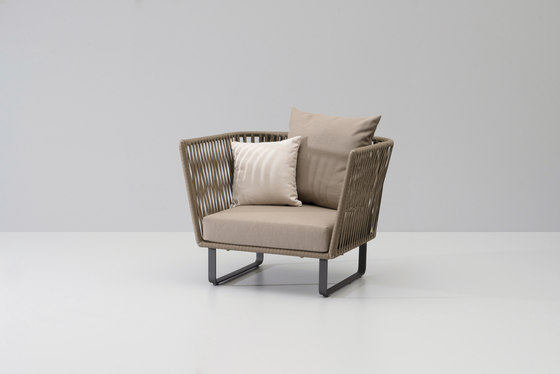 Bitta club armchair by KETTAL | Garden armchairs