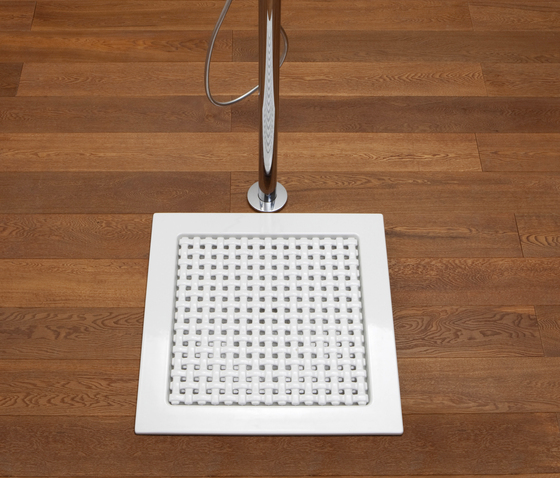 Volo shower tray by Ceramica Flaminia | Shower trays