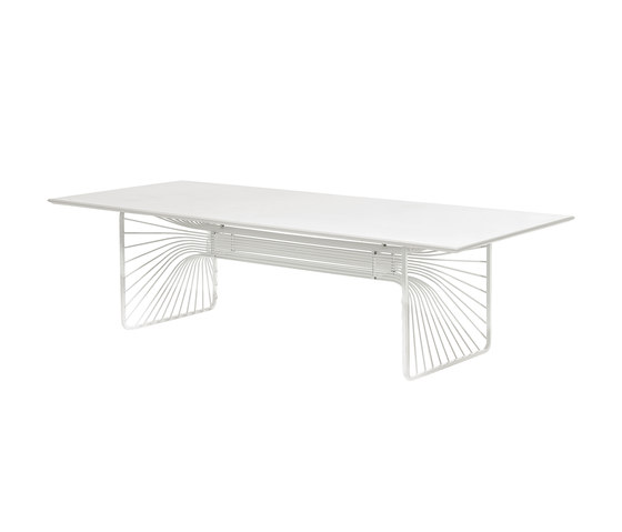Intrecci | 678 by EMU Group | Dining tables