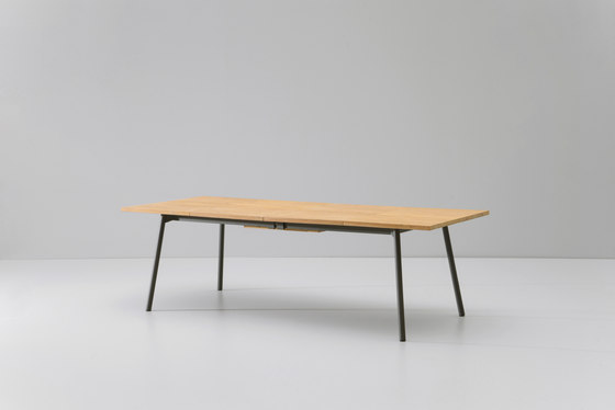 Bitta dining table extendable 8-10 guests by KETTAL | Dining tables