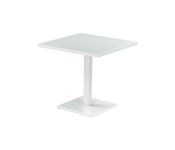 Round | 473 de EMU Group | Tables de restaurant