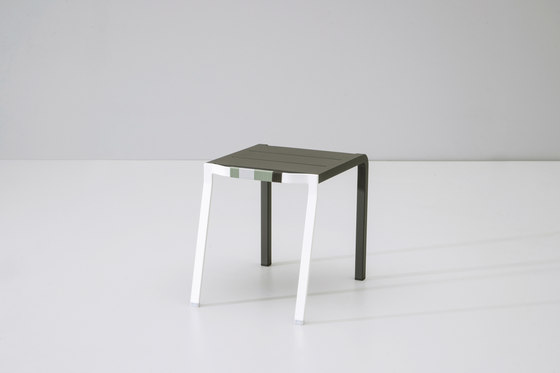 Bob side table de KETTAL | Mesas auxiliares de jardín