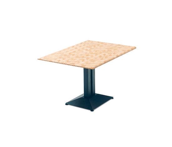 Pyra 5962 de Dietiker   Tables de cafétéria
