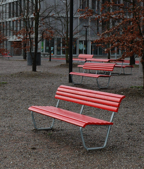 Landi Bench with backrest by BURRI | Exterior benches