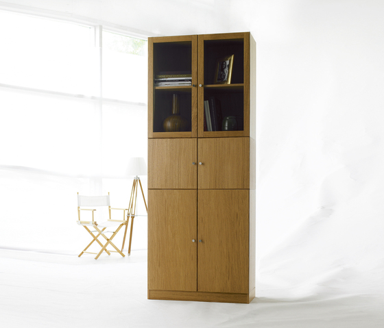 Anne by Horreds | Display cabinets