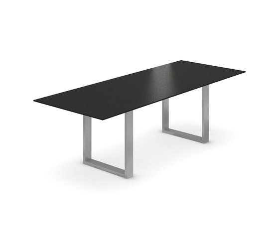 Milo Table by Willisau | Dining tables