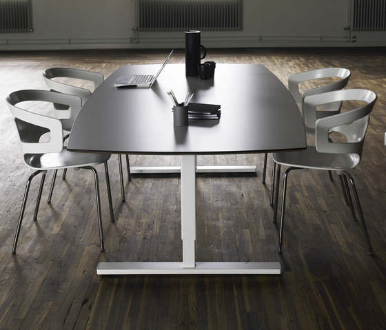 Link by Horreds | Meeting room tables