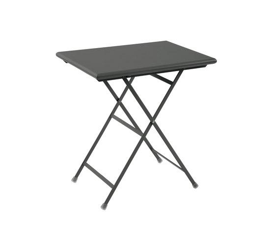 Arc en Ciel | 334 by EMU Group | Cafeteria tables