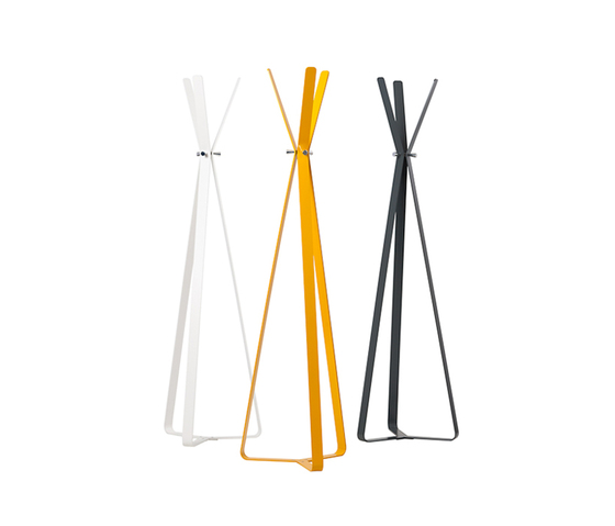 Bend coat stand by Cascando | Freestanding wardrobes