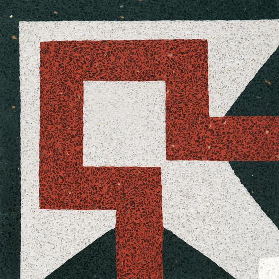 Terrazzo corner tile di VIA | Pavimenti in calcestruzzo/cemento