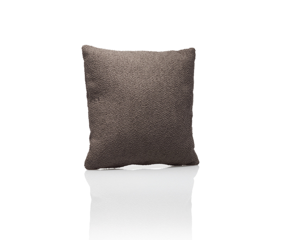 Fabrics Curl taupe by DEDON | Cushions