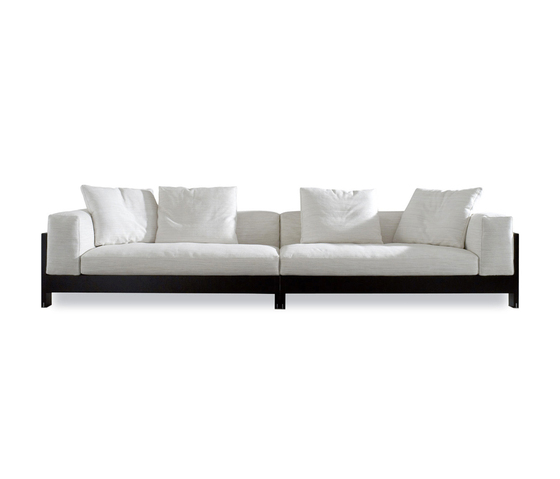 Alison Black Lac. Sofa by Minotti | Lounge sofas
