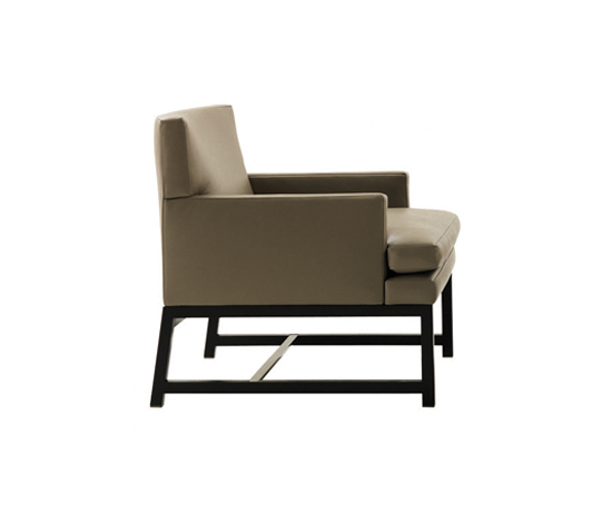 Flynt Armchair by Minotti | Lounge chairs