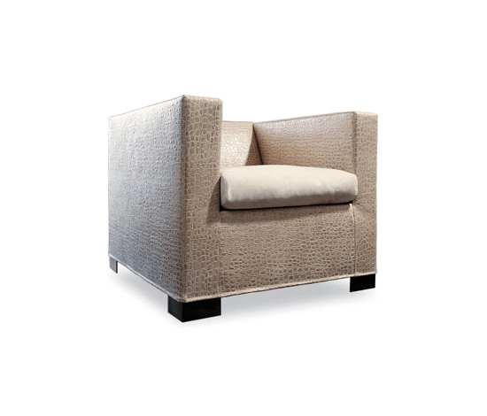 Suitcase by Minotti | Lounge chairs