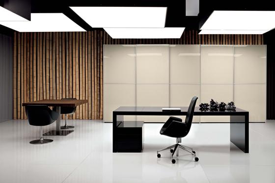 Kyo by Martex | Executive desks