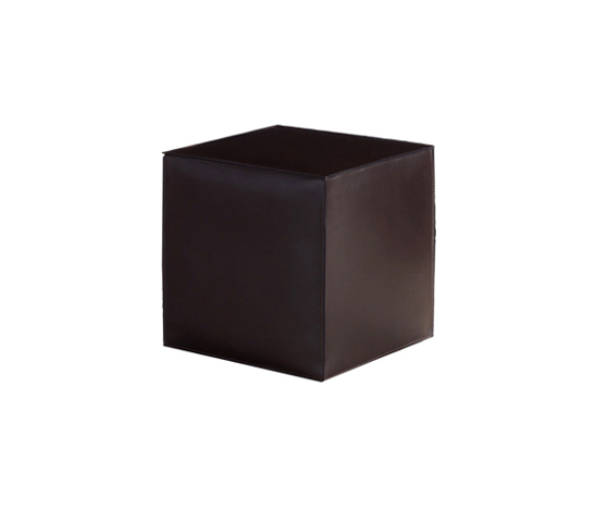 Villon by Minotti | Poufs
