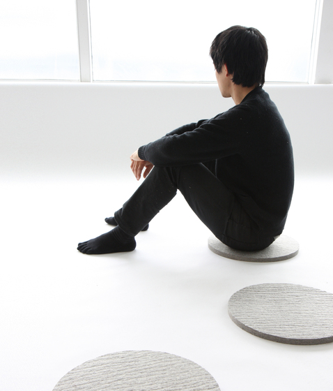 felt disc by molo | Seat cushions