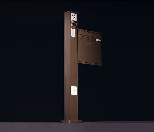 Siedle Vario free-standing letterbox di Siedle | Bucalettere