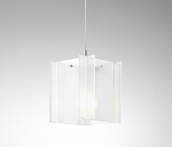 Hotel Royal Pendant AJ1 by &TRADITION | General lighting