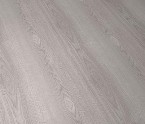 Natural porcelanosa roble nordico 1l roble loft 1l for Suelos laminados porcelanosa
