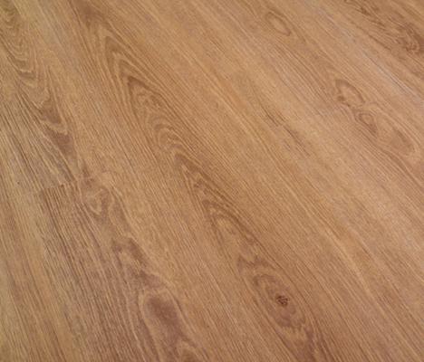 Wet Roble Elegant by Porcelanosa | Laminate flooring