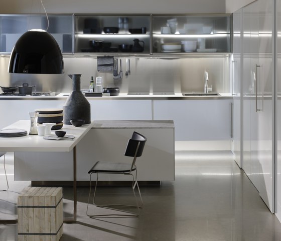 Spatia 2 by Arclinea | Fitted kitchens