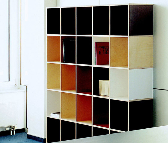 Tius 11 colourful by Plan W | Office shelving systems