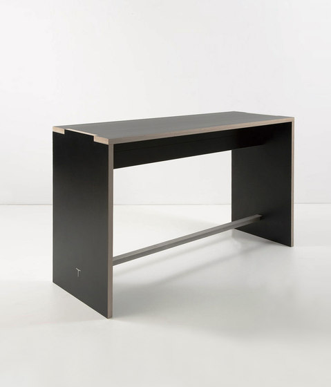 Alto by Plan W | Dining tables