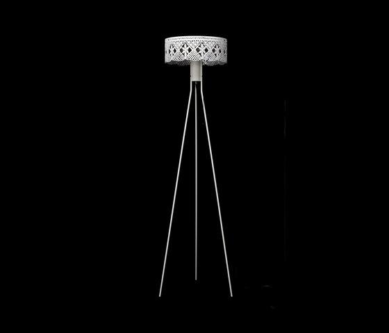 Gladys Floor lamp von Bsweden | Allgemeinbeleuchtung