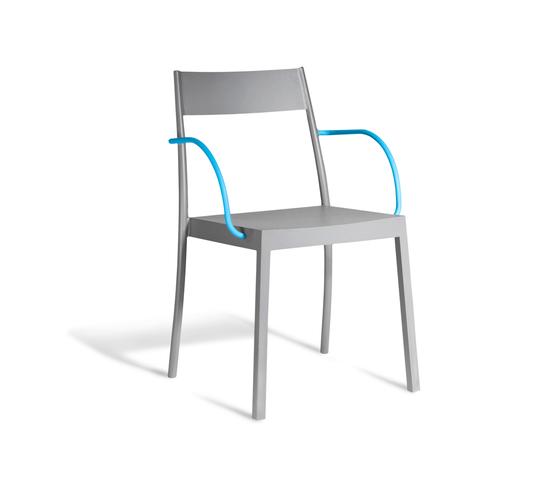 Amanda Bistro Chair de steve & james | Sillas de jardín