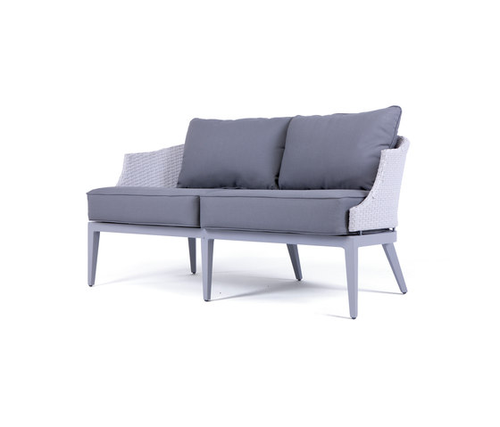 Dorothy Lounge sofa von steve & james | Gartensofas