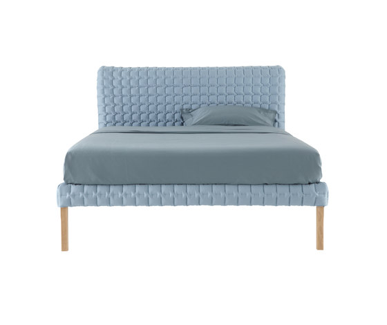 Ruché bed by Ligne Roset | Double beds